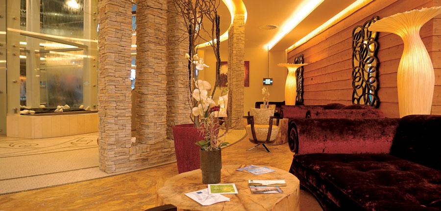 Austria_Hinterglemm_Hotel-Alpine-Palace_spa-area.jpg